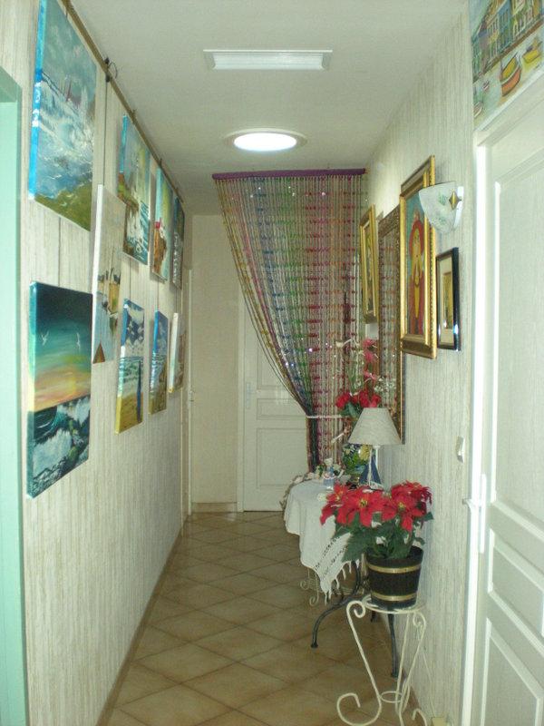 Amnagement cuisine couloir dans une petite cuisine un for Cuisine couloir moderne